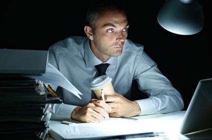 夜勤や交代勤務は給料以上にデメリットが!実際にやった感想を書く!