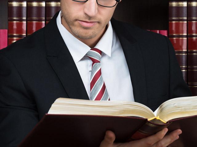 【交通事故】弁護士さんに依頼は決して難しくないしハードルは低い!