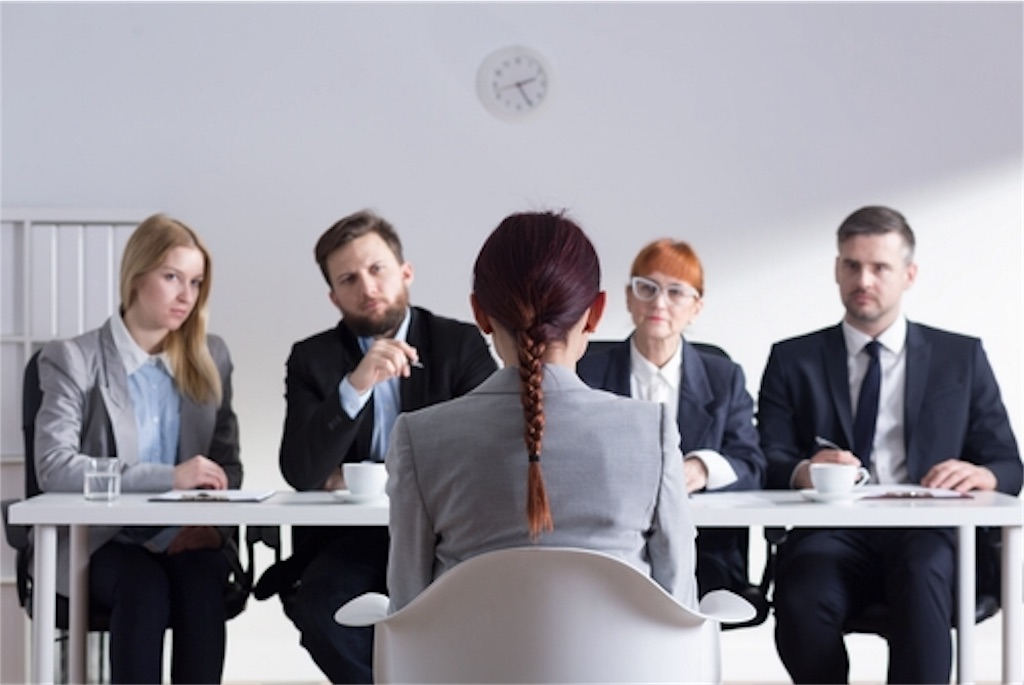 「会社が不満なら自分で変えようと思わないの?」とか聞く会社はクソ!